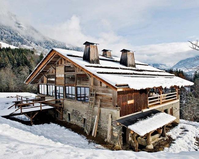 xây nhà trên núi